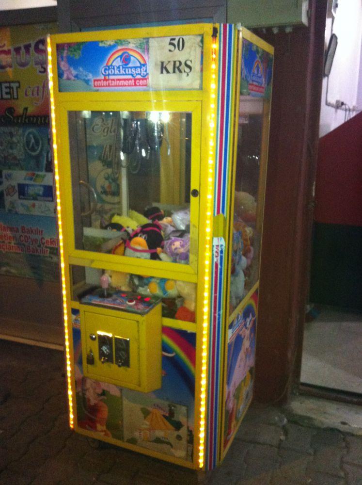 2 el kepce makinesi oyuncak kapma makinesi